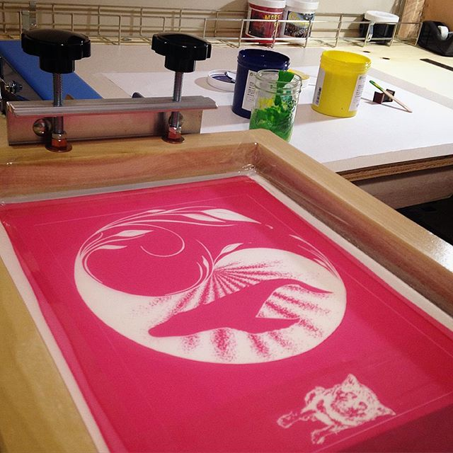 It's happening!! #motet #printshop #screenprint #silkscreen #newpress #firstprint #iminlove #makeart