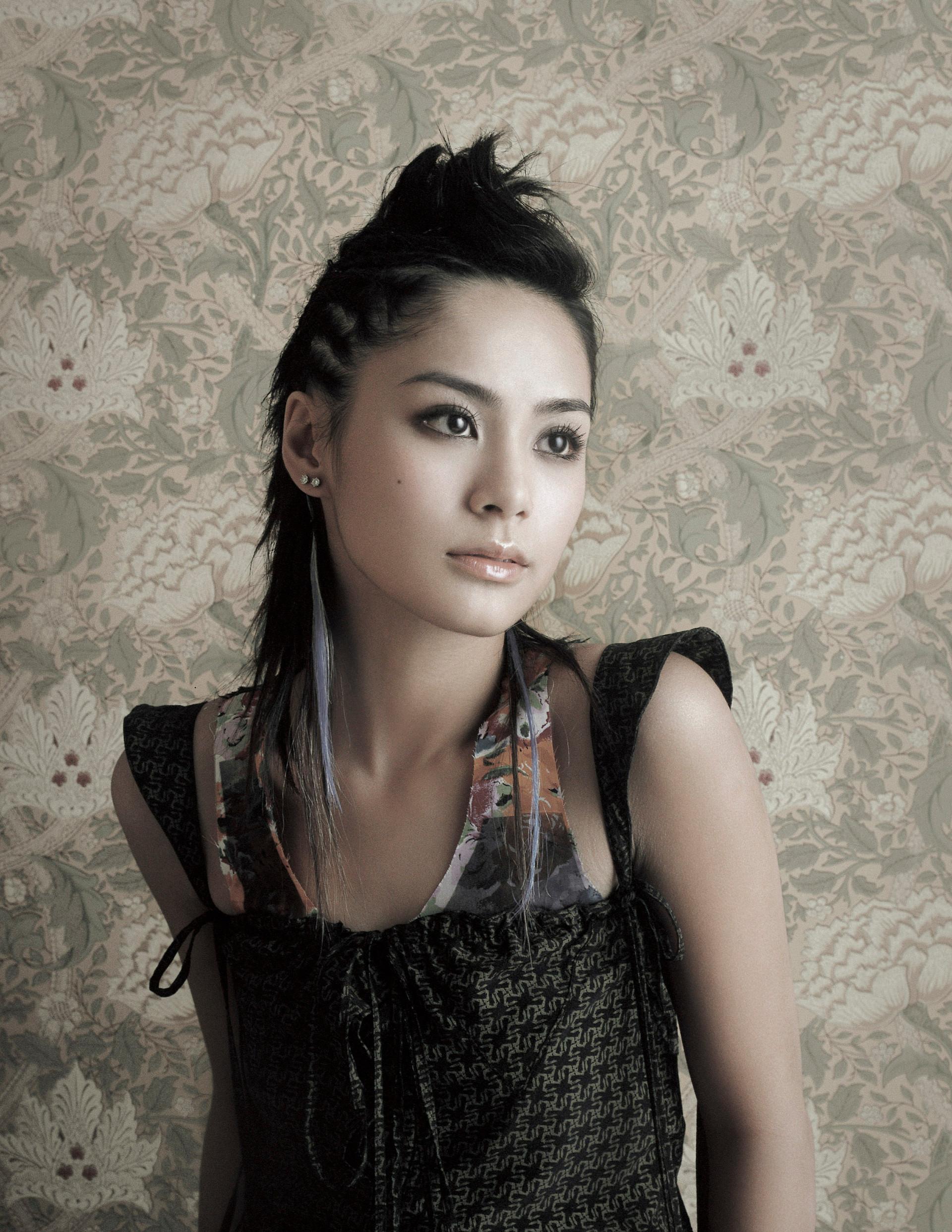 鍾欣潼 Gillian Chung Yan-tung