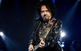 eight_col_Steve_Lukather_AFP.jpg