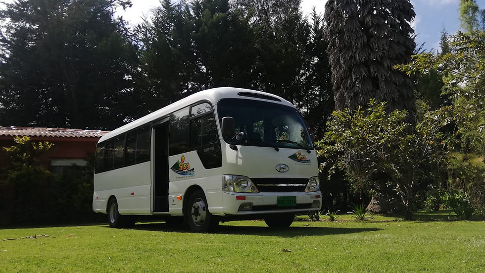 Tour Privado Microbus Cuenca - Quito