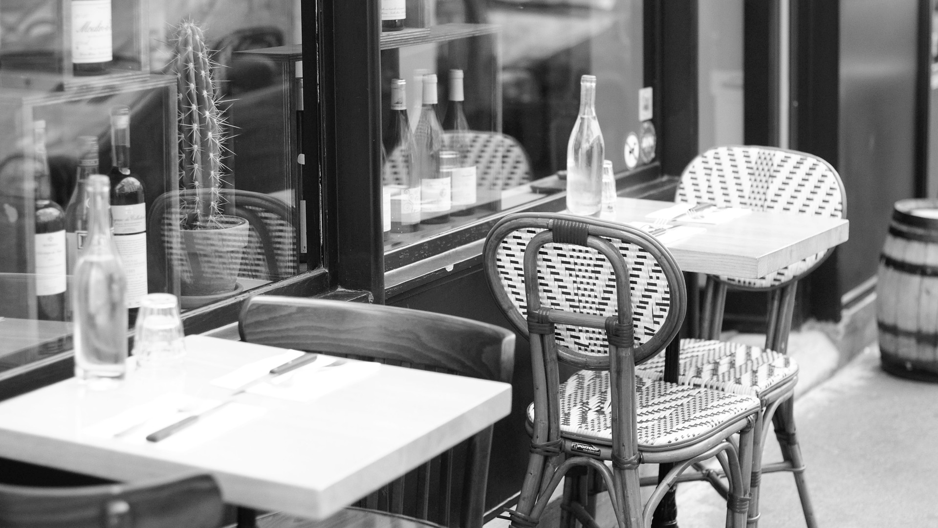 terrasse Siffleur n&b.jpg
