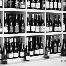 bouteilles etageres.jpg