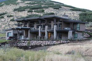11- Midway Mountain Modern