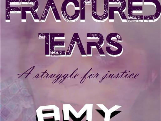 """Giveaway """"Fractured Tears"""""""