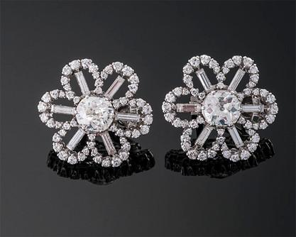 Art Deco Diamond Earrings  Platinum (26 x 26mm)  2D=3.90cts app + D=3.20cts app   ER40420