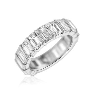 10 Carat Diamond Wedding Band Ring  18 Emerald cut Diamond totaling in 10 carats, set in Platinum