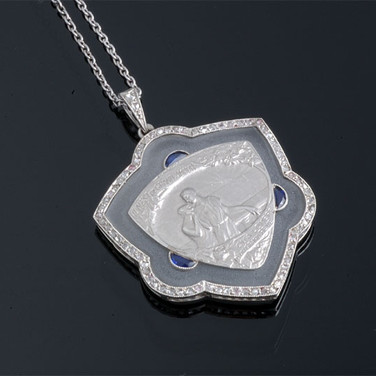 """Emile Monier - French Platinum, Frosted Crystal, Diamond and Sapphire Medallion of two lovers """"There can only be a great love in the shadow of a great dream"""" (27 x 30mm)    PD30872"""