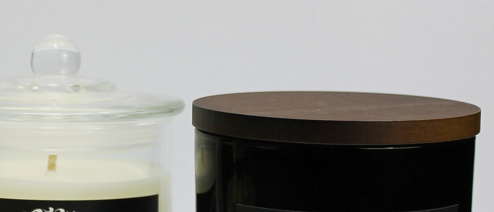 2 x SCENTED CANDLES