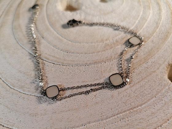 Bracelet carré nacré