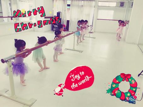 クリスマスソングを練習中!
