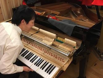 当スタジオのグランドピアノについて