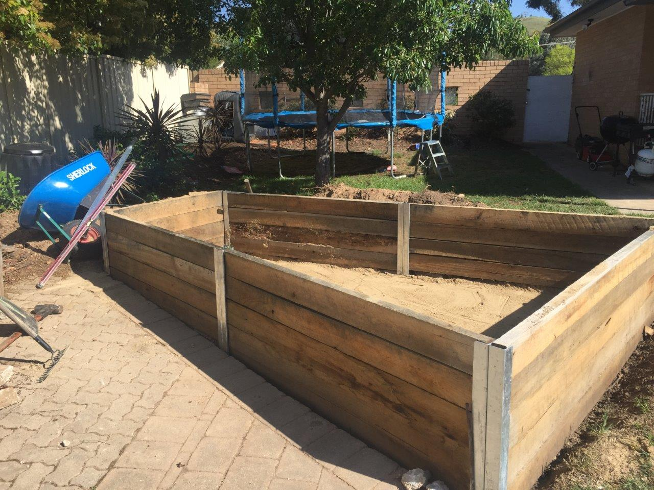 Wicking bed, early construction