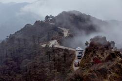 Land Rover  Convoy Sandakphu