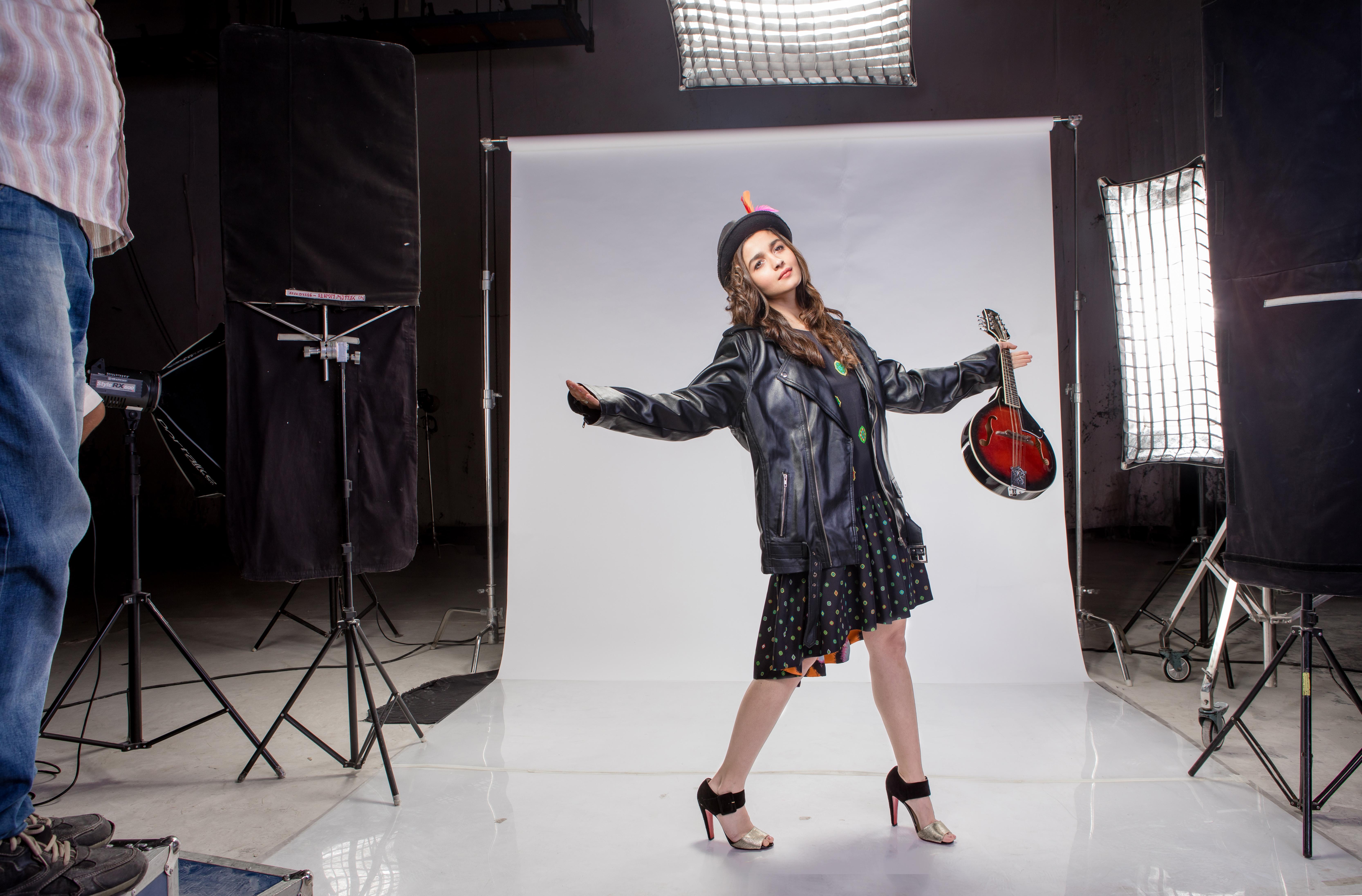 Alia Bhatt backstage-MTV