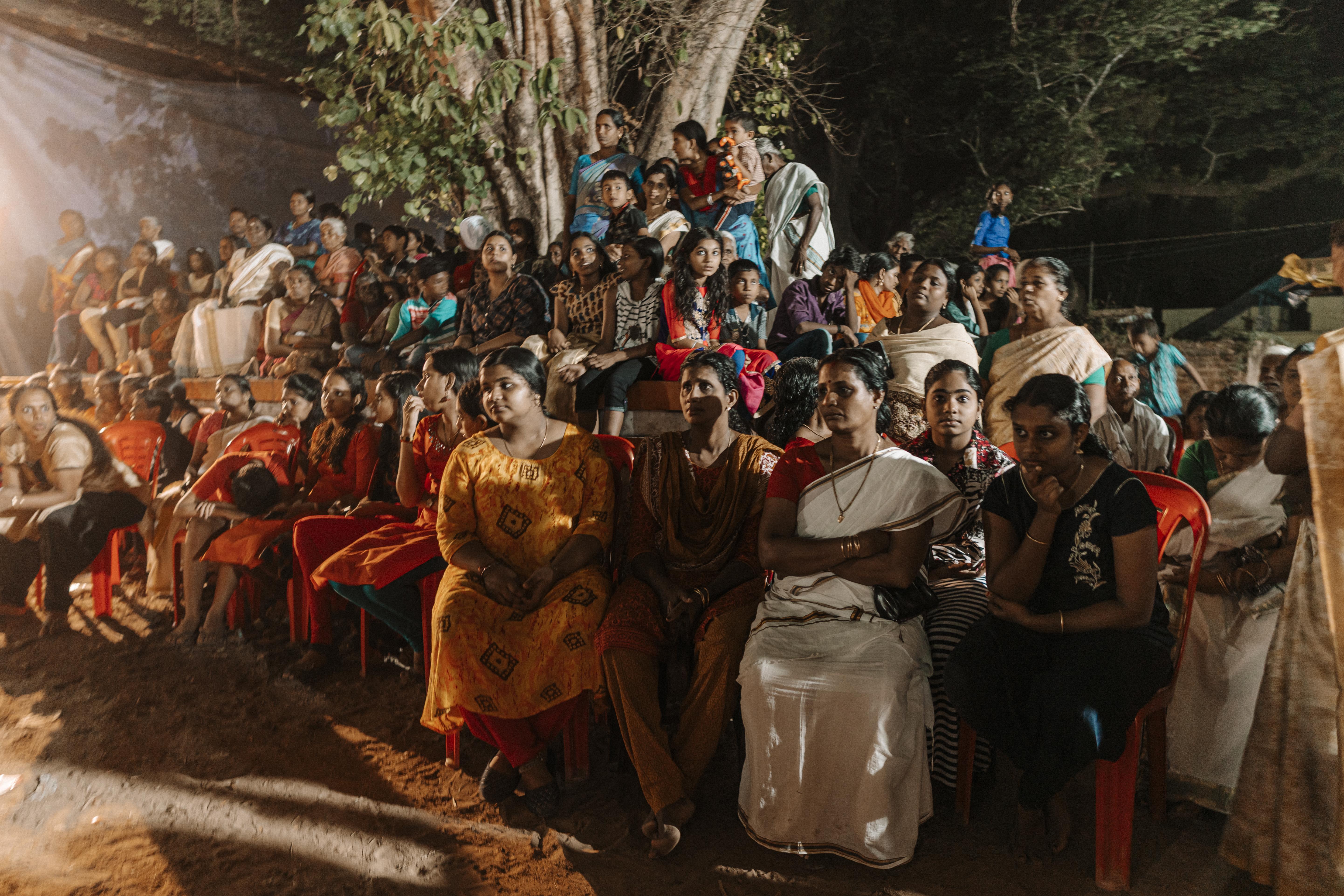 Crowd during a Mudiyettu performance