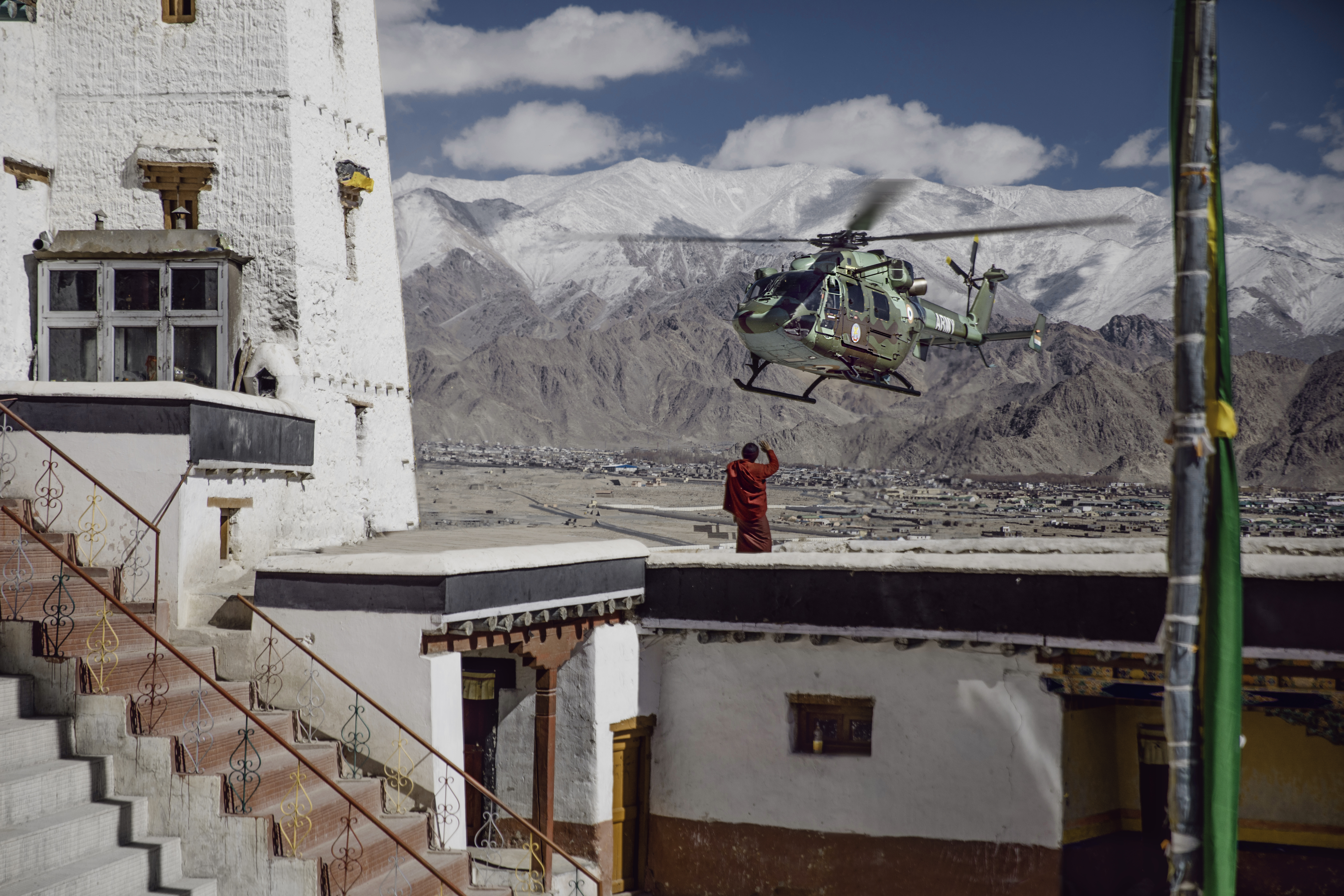 ALH_monk to Spituk monastery-Army
