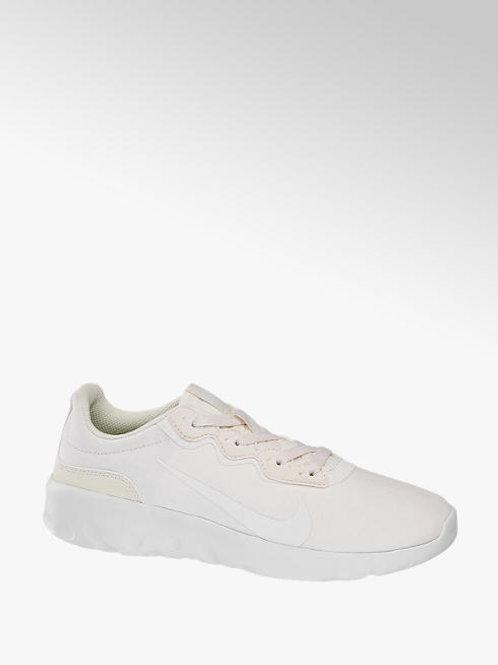 Explore Strada Nike Women