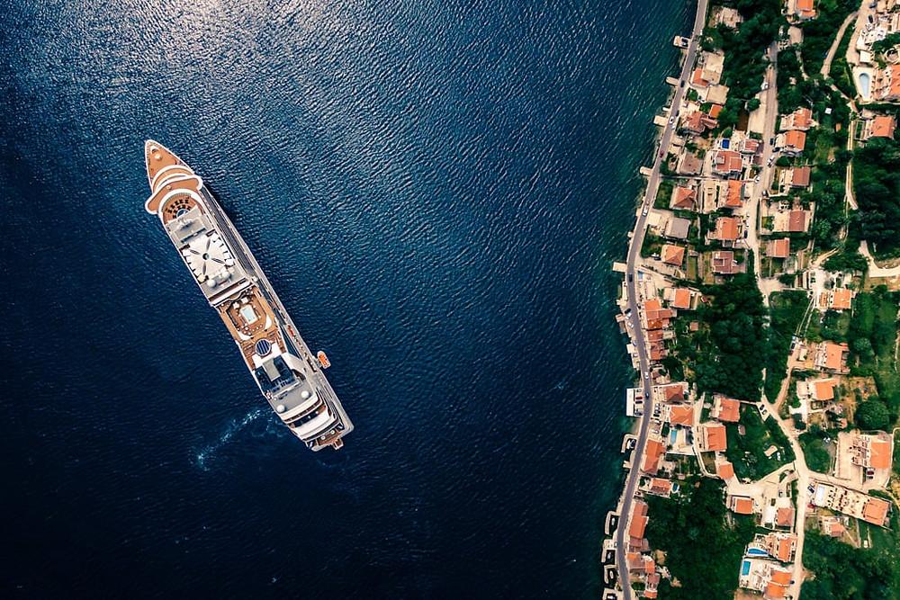 Montenegro, France