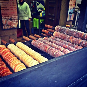 Prague Street Snacks: Hot Wine & Sugar Bread