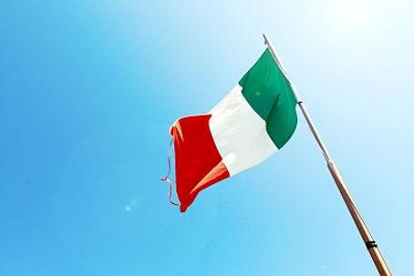 flagpole-italy-patriotism-7522_opt.jpg