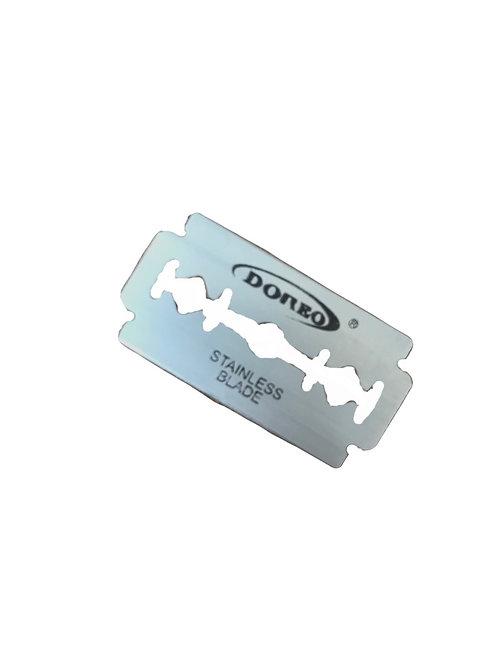 10 razor blades