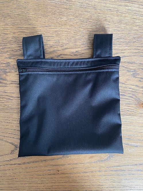 1 sac souillé (petit)