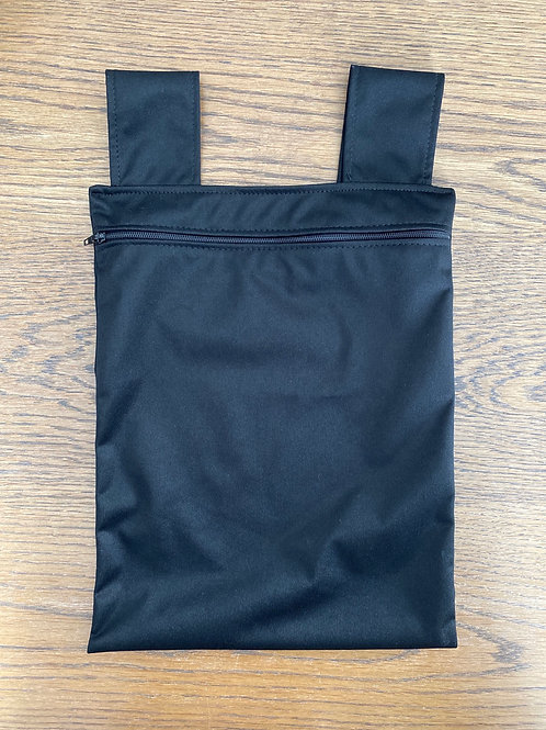 1 wet bag (medium)