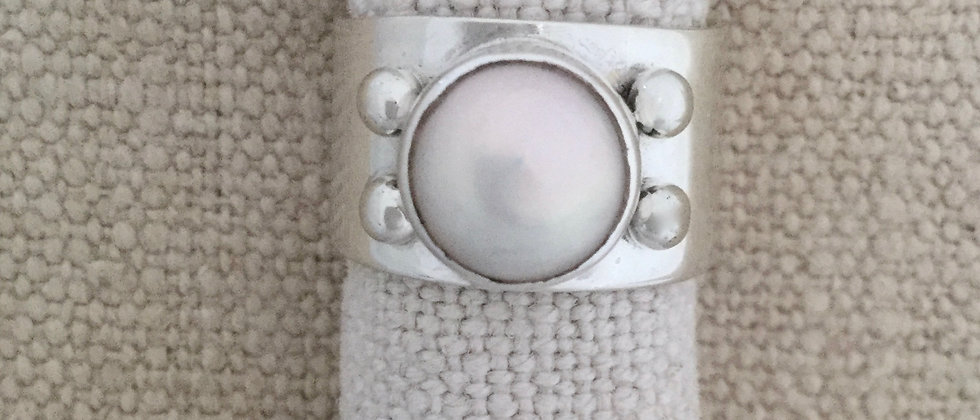 pearl shot ring