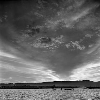 2019 年 インレー湖