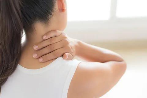Boyun Ağrısı Nedenleri ve Tedavisi
