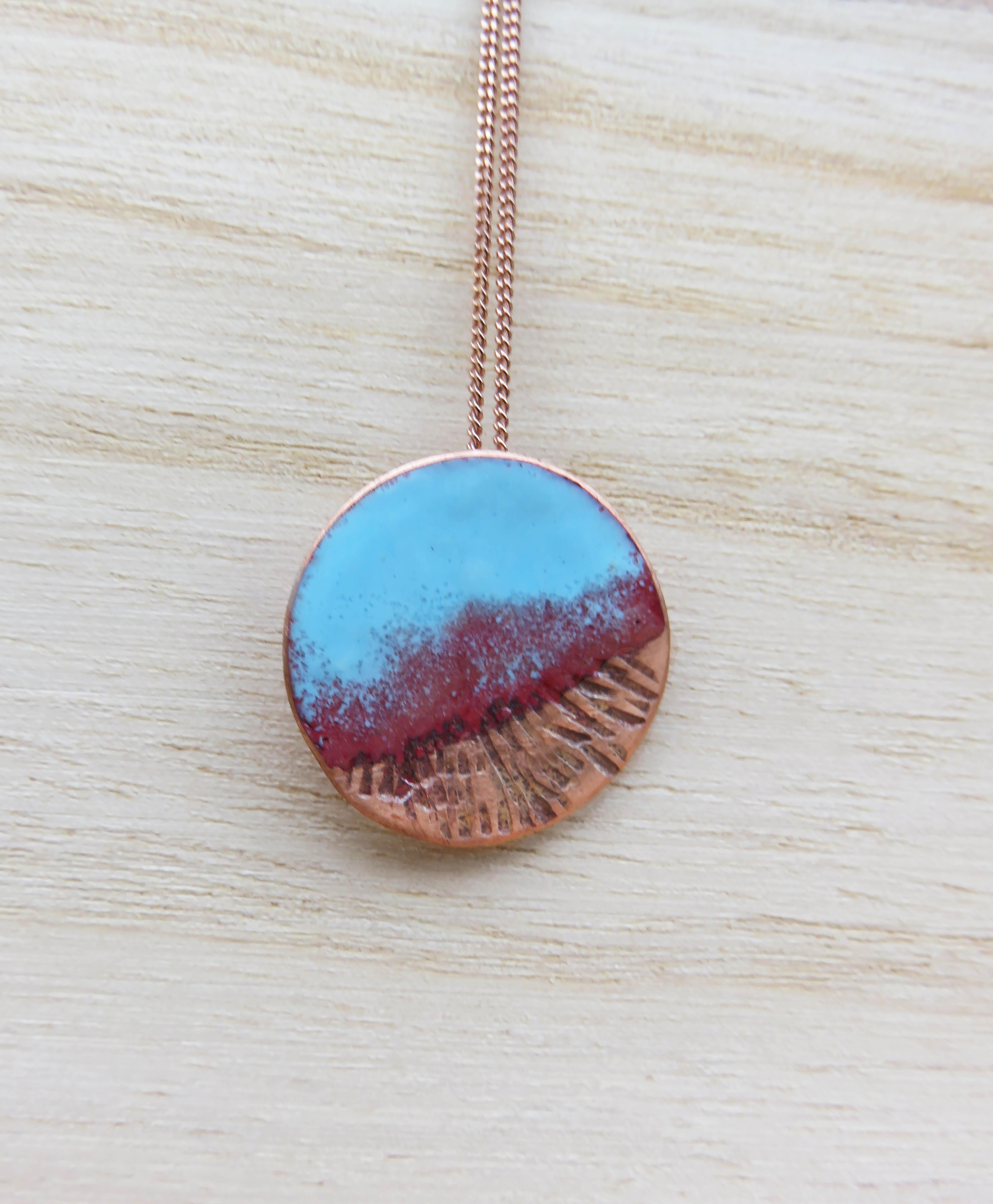 round pendant with texture
