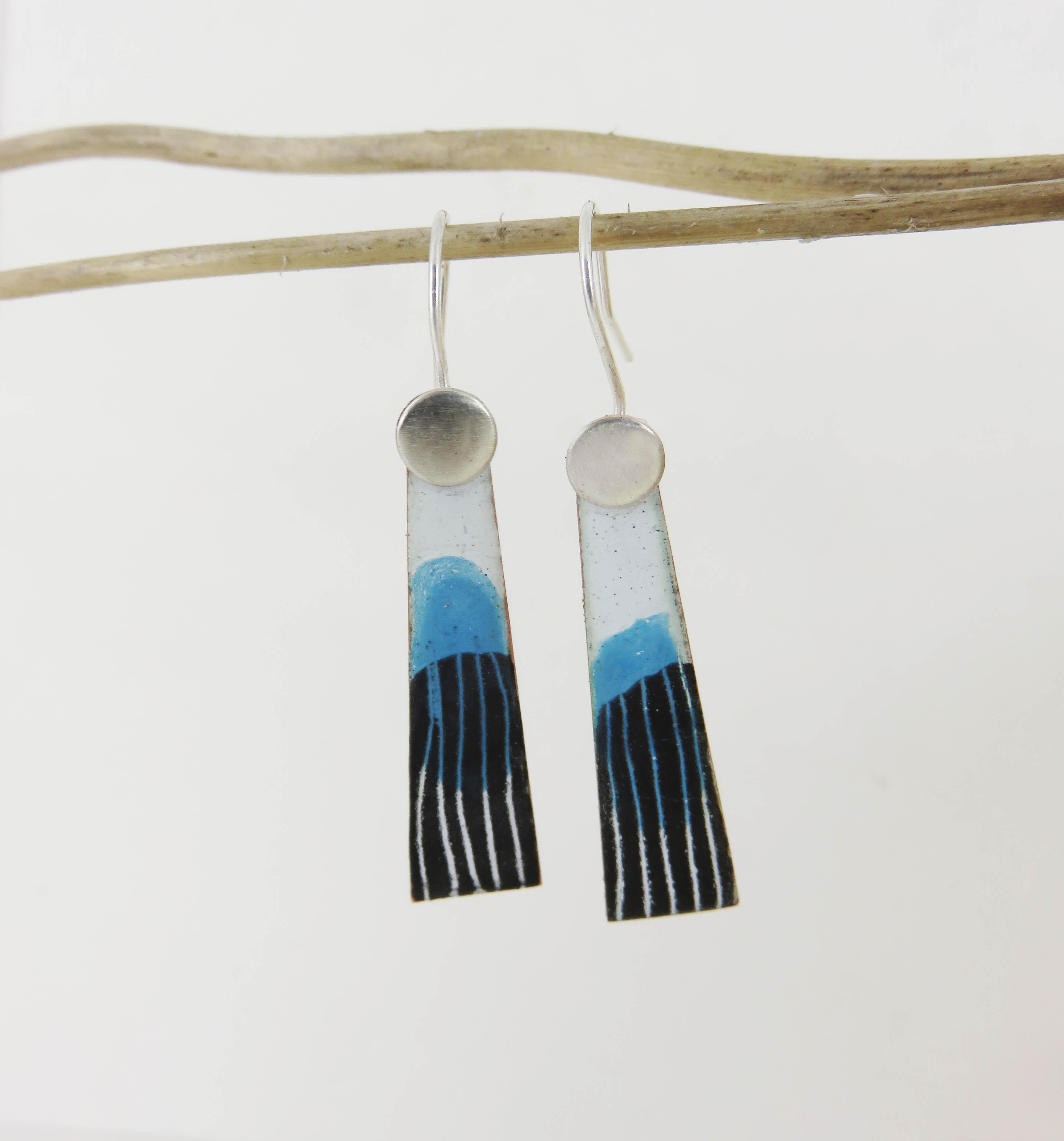 Dangle line earrings