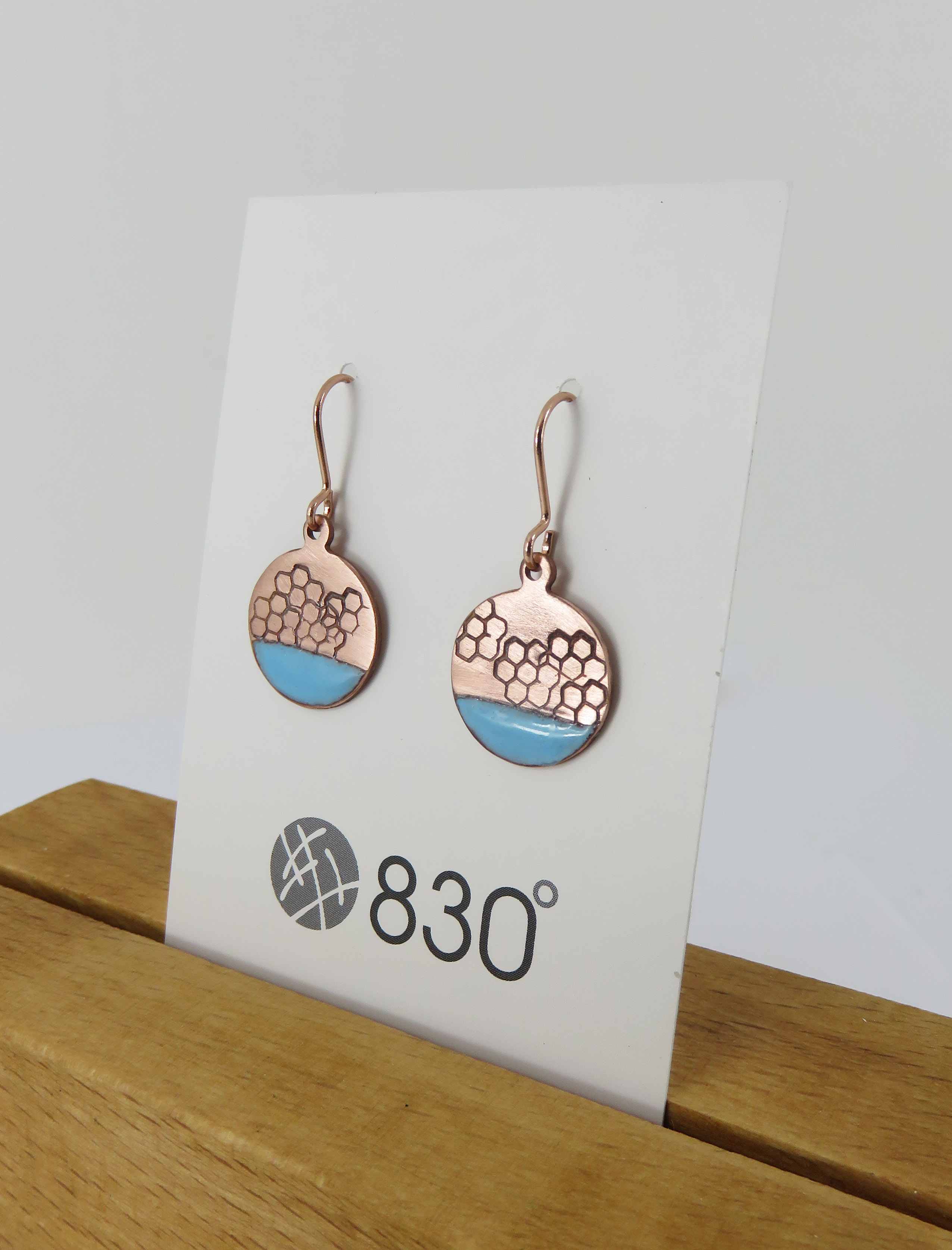 round textured earrings
