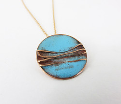 circle with copper wires