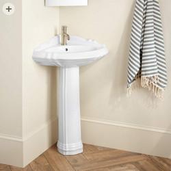 Lyon Pedestal Sink