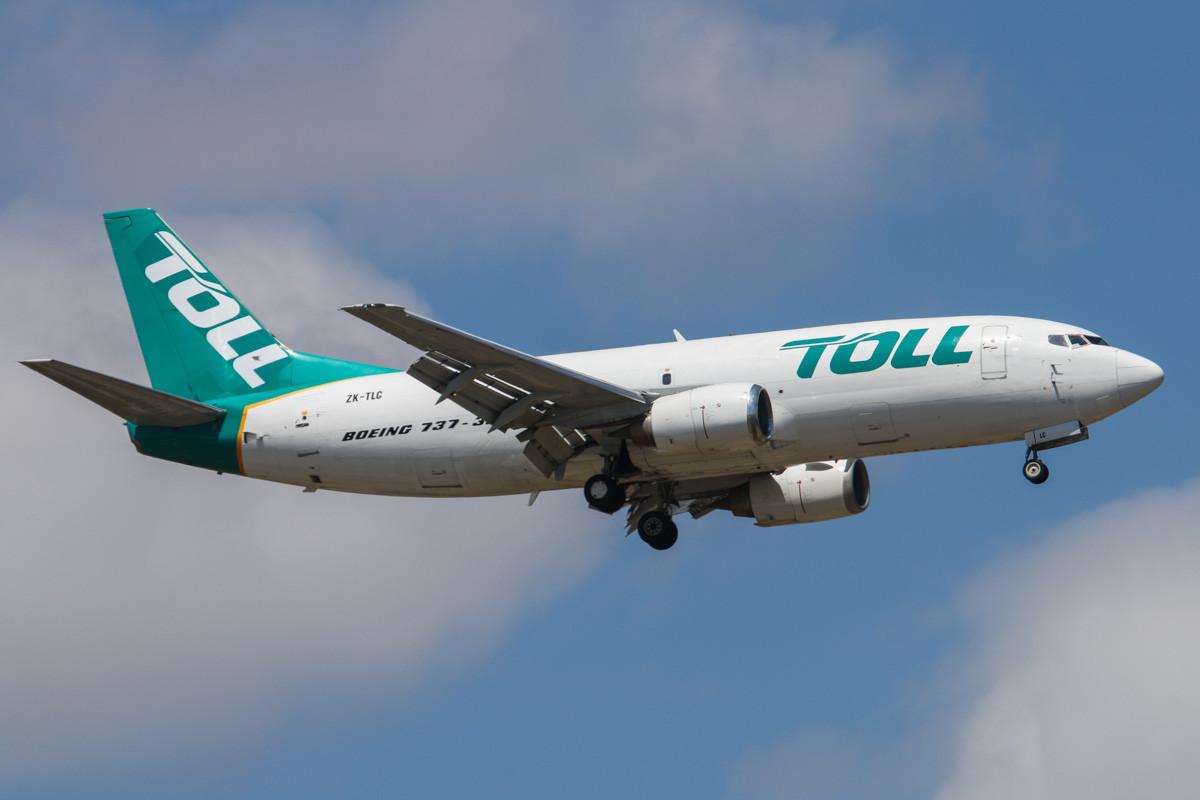 20131123_ZK-TLC_Boeing_737-3B7SF_David_E