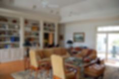 traditional-living-room-6.jpg