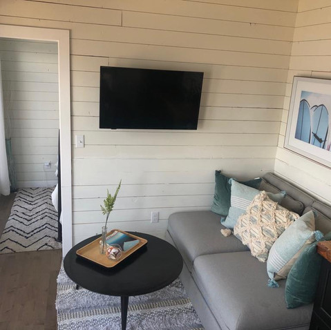 Full screen tv with cable in the tiny Retreat