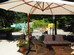 the restaurant's terrasse
