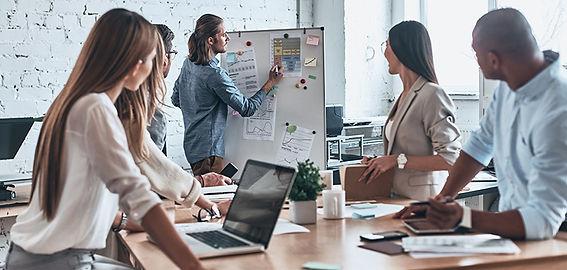 hire-social-media-marketing-agency.jpg