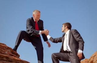 5 características dos grandes líderes que beneficiam suas equipes