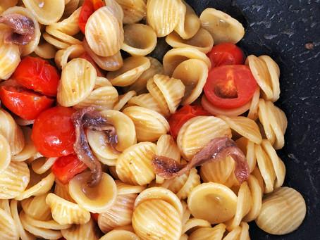 Orecchiette anchovies and cherry tomatoes