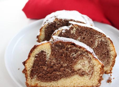 BI-COLOUR CAKE