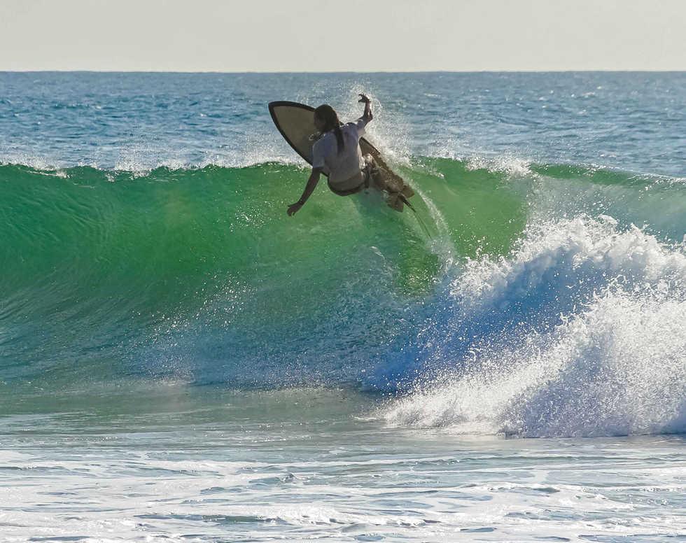 Surfing in Arugambay