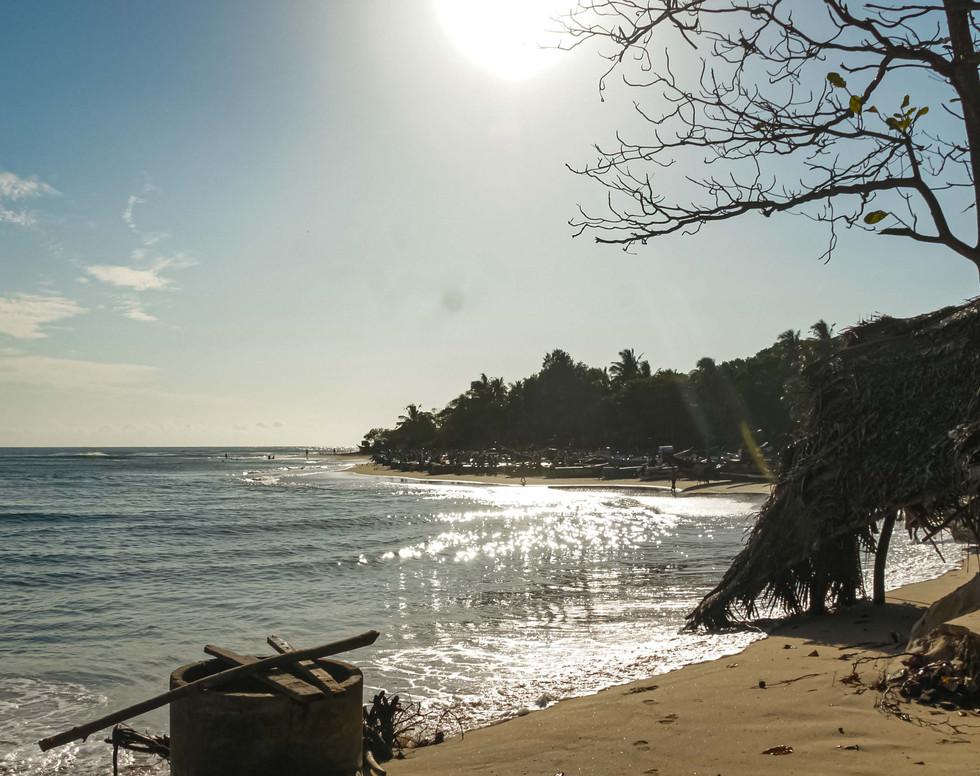 Arugambay beach in the Morning