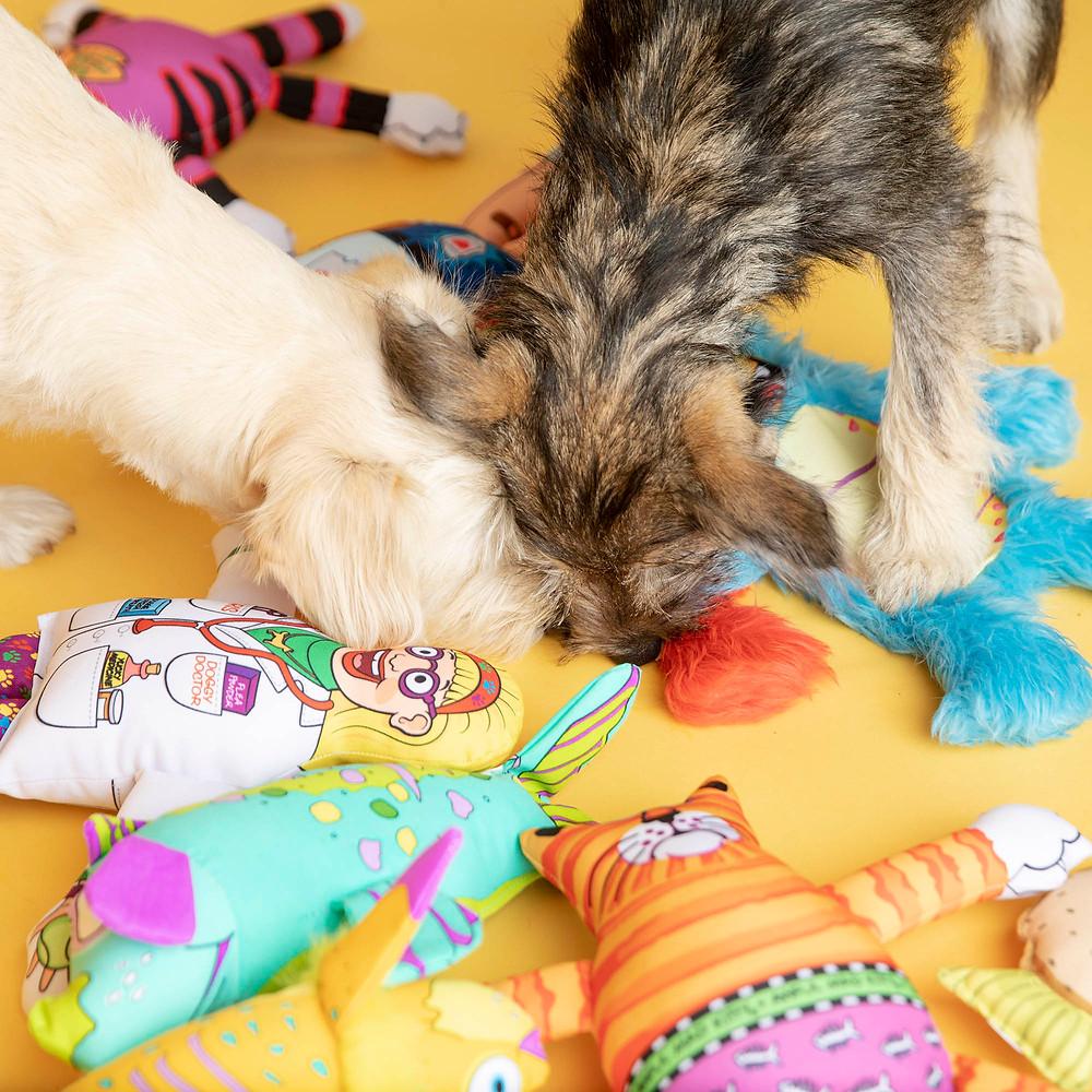 """Pelúcias FatCat para gato - """"Quais os benefícios que os brinquedos podem trazer para a saúde dos pets?""""- Braspets"""