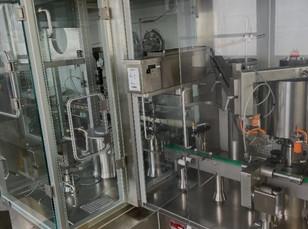 SW004 - Sterile Powder Filling Machine