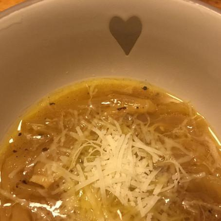 Gyógyító hagymaleves / Healing Onion Soup