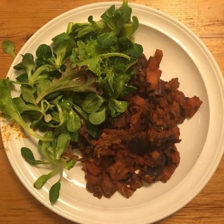 Zöldségpaprikás madársalátával / Paprika veggies with Corn Salad
