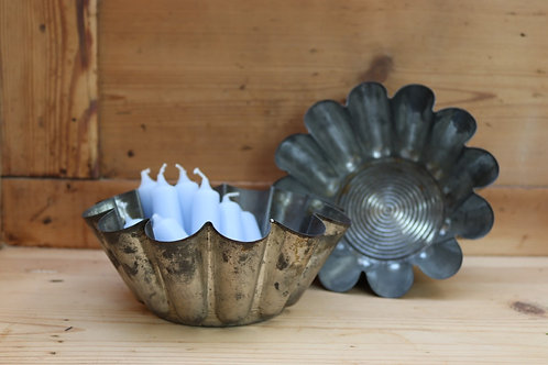 Rustic French Fluted Cake Tins